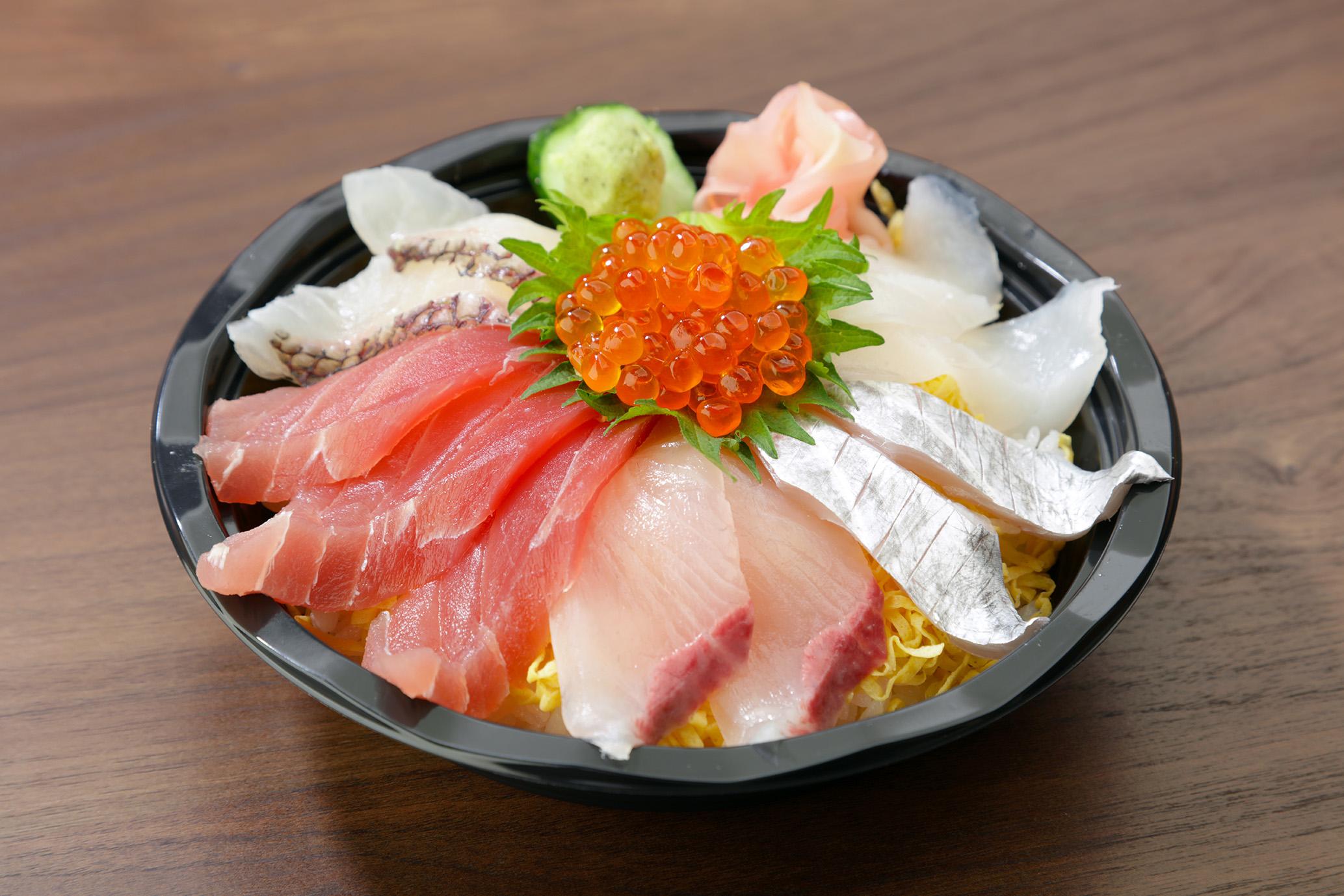 海鮮丼1580円01(メ)