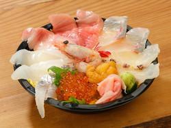 本まぐろ海鮮丼(特上)