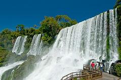 o seu receptivo na triplice fronteira , conheça os principais pontos turisticos na companhia de motoristas e guias credenciados .Venha conhecer Foz do Iguaçu
