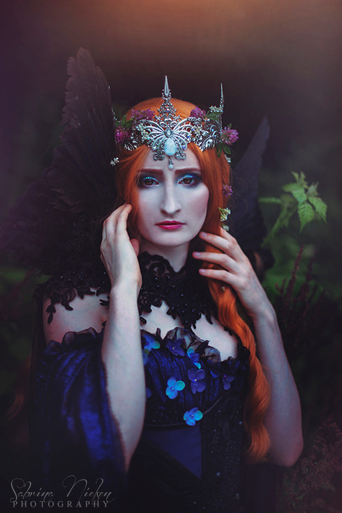 Model: Aeons of Silence Crown: Plussoyance Créations Corset: Moriel Corstery Assistant: Tenna V. Olesen