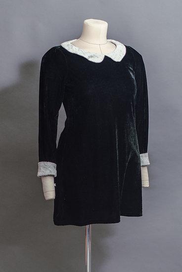 Peter Pan Lace Collar Velvet Shift Dress