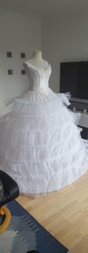 Seven hoop petticoat