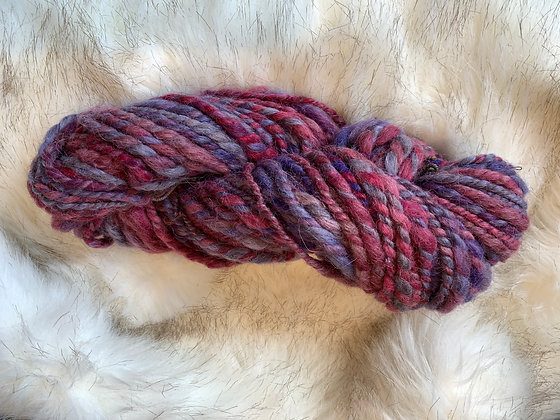 Bulky corriedale yarn