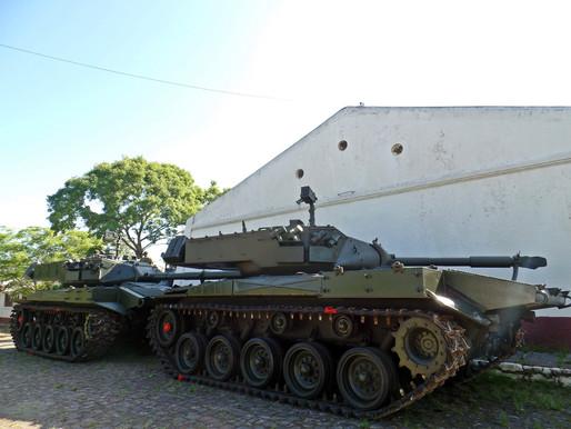 Exército Brasileiro realiza doação de blindados ao Uruguai
