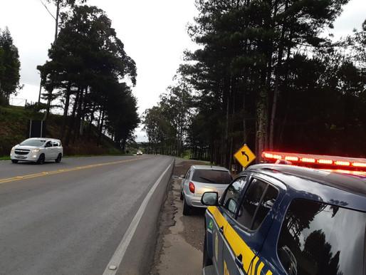 PRF recupera carro que havia sido trocado por drogas na Serra Gaúcha
