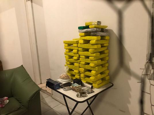 40,93 kg de maconha, 3 presos, 6 mil reais e MDMA apreendidos em forte ação em Livramento