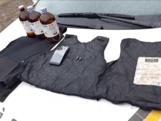 Santanense é preso com coletes antibalísticos e material para produção de drogas em Rosário