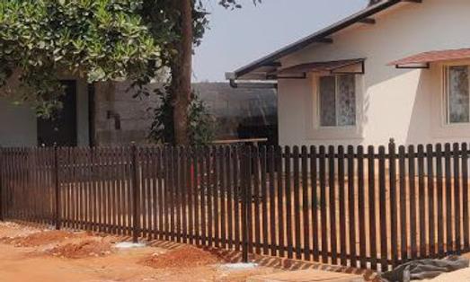 Dog Ear PVC Fence.png
