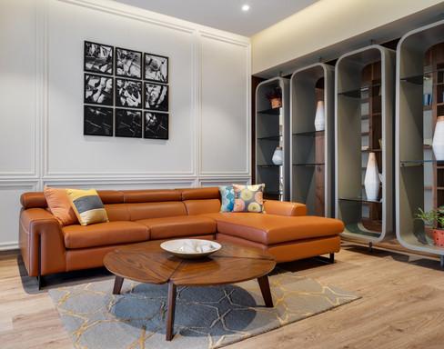 Family living interiors Mid-Century Mode