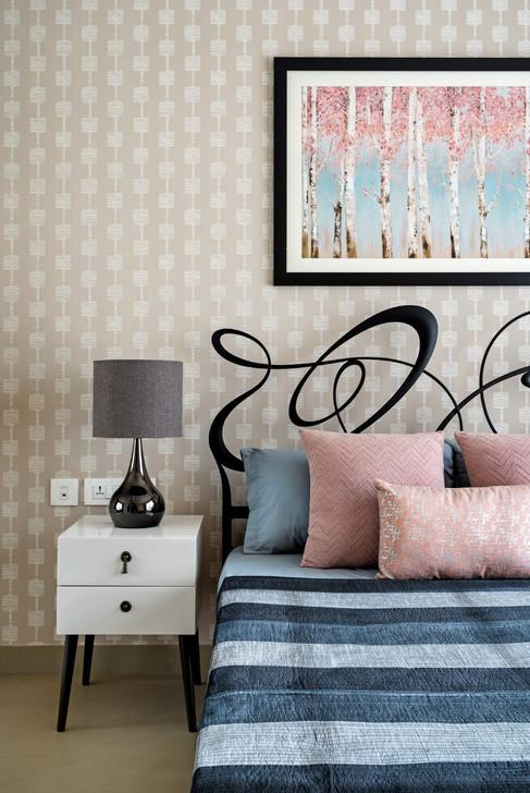 Guest Bedroom interiors Mid-Century Mode