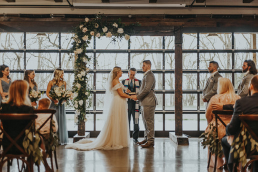 Winter Indoor Kentucky Wedding Venue