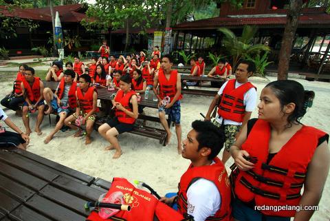 pakej pulau redang pelangi resort surrounding 16