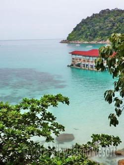pakej-percutian-pulau-malaysia-pulau-perhentian-coral-view-island-resort-jetty