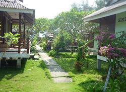 pakej-percutian-pulau-perhentian-fauna-beach-chalet