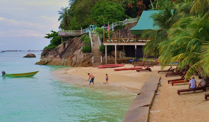 pakej pulau perhentian cozy chalet surrounding 5