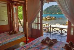 pakej-percutian-pulau-malaysia-coral-view-island-resort-executive-suite2