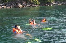 pakej-percutian-pulau-malaysia-pulau-tioman-sunbeach-resort-snorkeling3