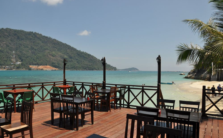 pakej pulau perhentian cozy chalet surrounding 8