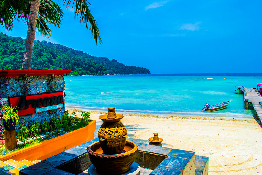 pakej-percutian-pulau-malaysia-pakej-pulau-perhentian-beachview-front-resort (2)