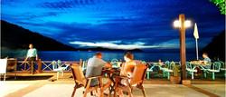 pakej-percutian-pulau-malaysia-perhentian-island-resort-cafe