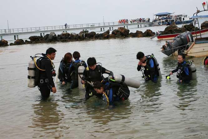 pakej-percutian-pulau-malaysia-pulau-tioman-sunbeach-resort-diving