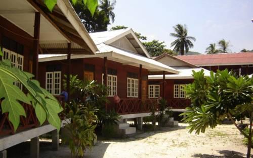 pakej-percutian-pulau-perhentian-fauna-beach-chalet-2