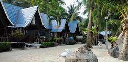 pakej-percutian-pulau-malaysia-coral-view-island-resort-chalet