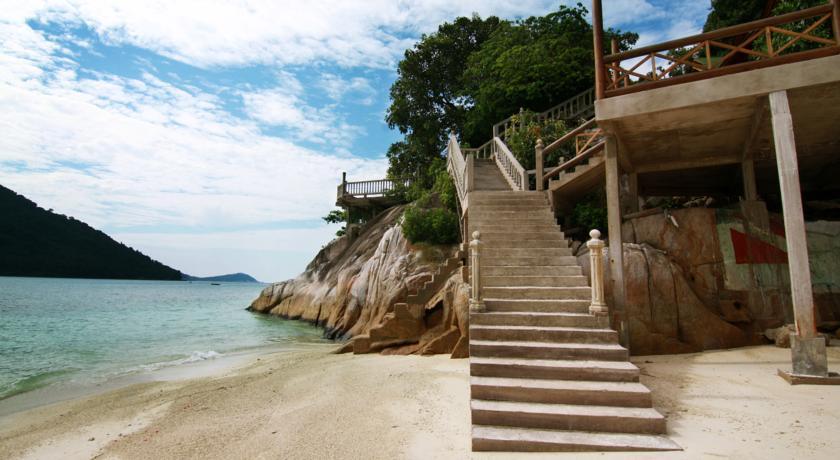pakej pulau perhentian cozy new cocohut surrounding