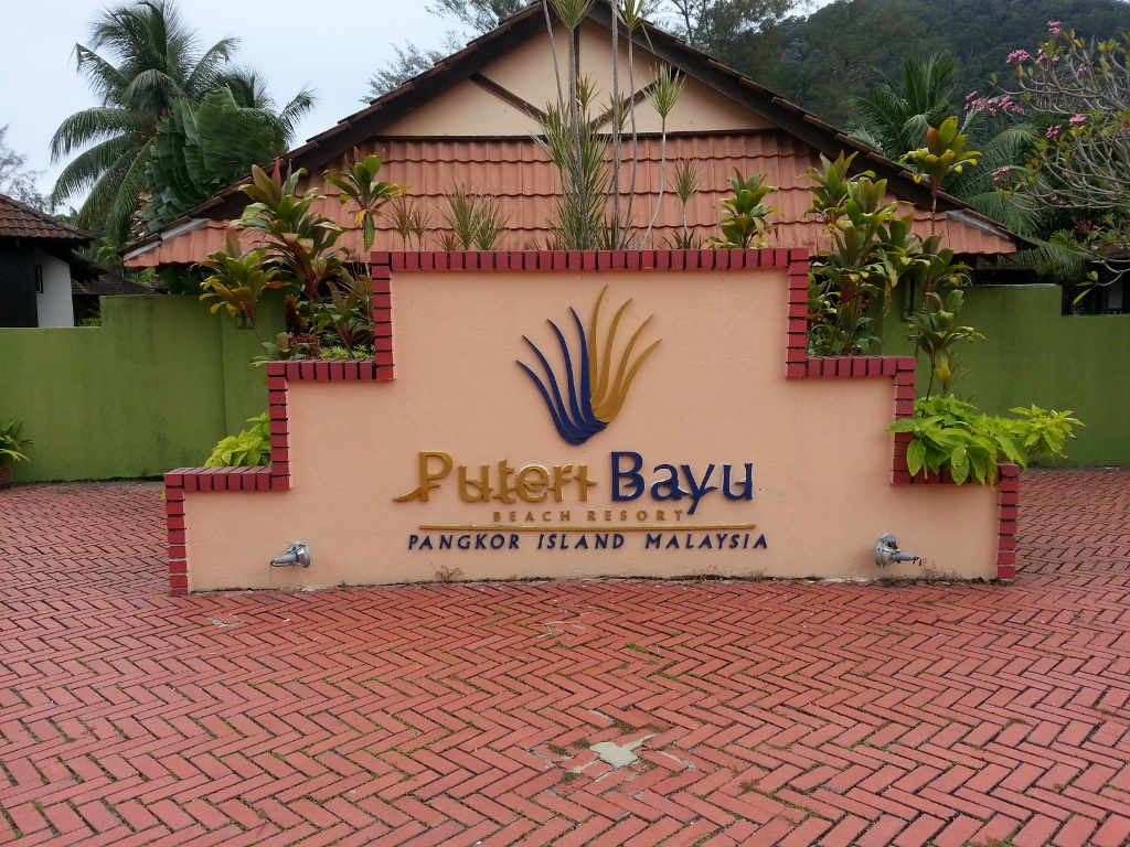 Puteri-Bayu-Beach-Resort