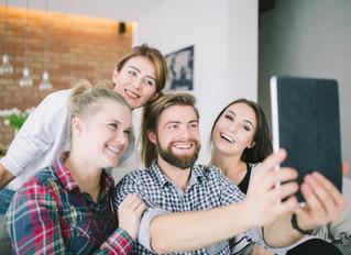 Como o riso ajuda a melhorar o desempenho no trabalho
