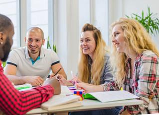 Como fazer o trabalho ser menos estressante e mais envolvente para seus funcionários
