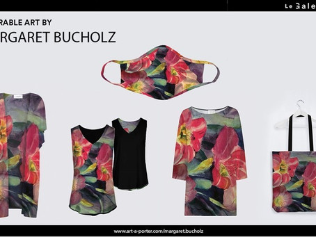WHEATON, IL ARTIST, MARGARET BUCHOLZ, CAN WEAR HER OWN ART & YOU CAN TOO!