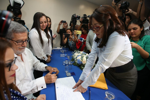 Licda. Carmen Aída Lazo se inscribe esta mañana a nuestro Partido de Concertación Nacional PCN para