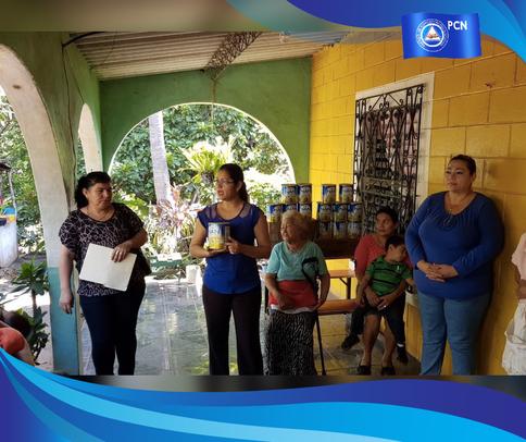 Diputado Francisco Merino entrega Leche en Formula para niños de 1 a 3 años.