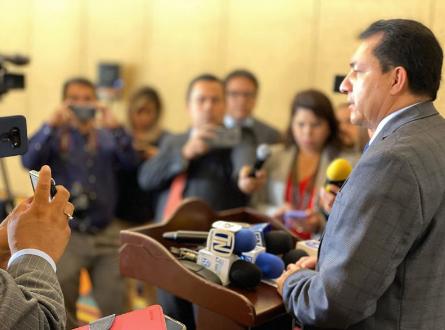 Presidente Mario Ponce: