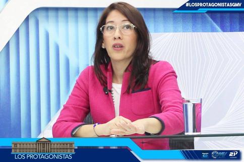 Carmen Aída Lazo en entrevista             Los Protagonistas de Canal 21
