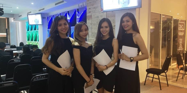 OUR PRETTY EVENT ASSISTANTS
