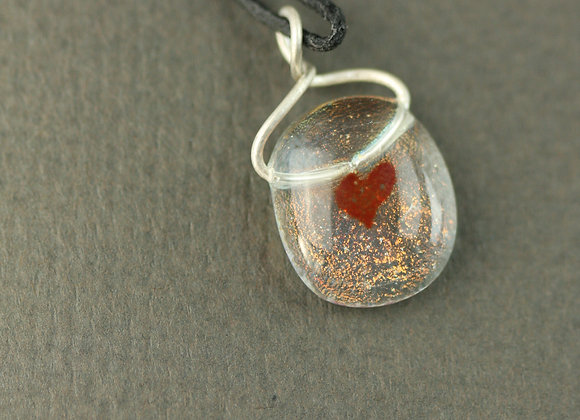 Small Heart Pendant Red 1