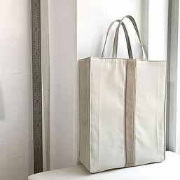 25.아이보리색 코튼에 짙은 베이지색 한 줄 포인트의 기본제작 키키.jp