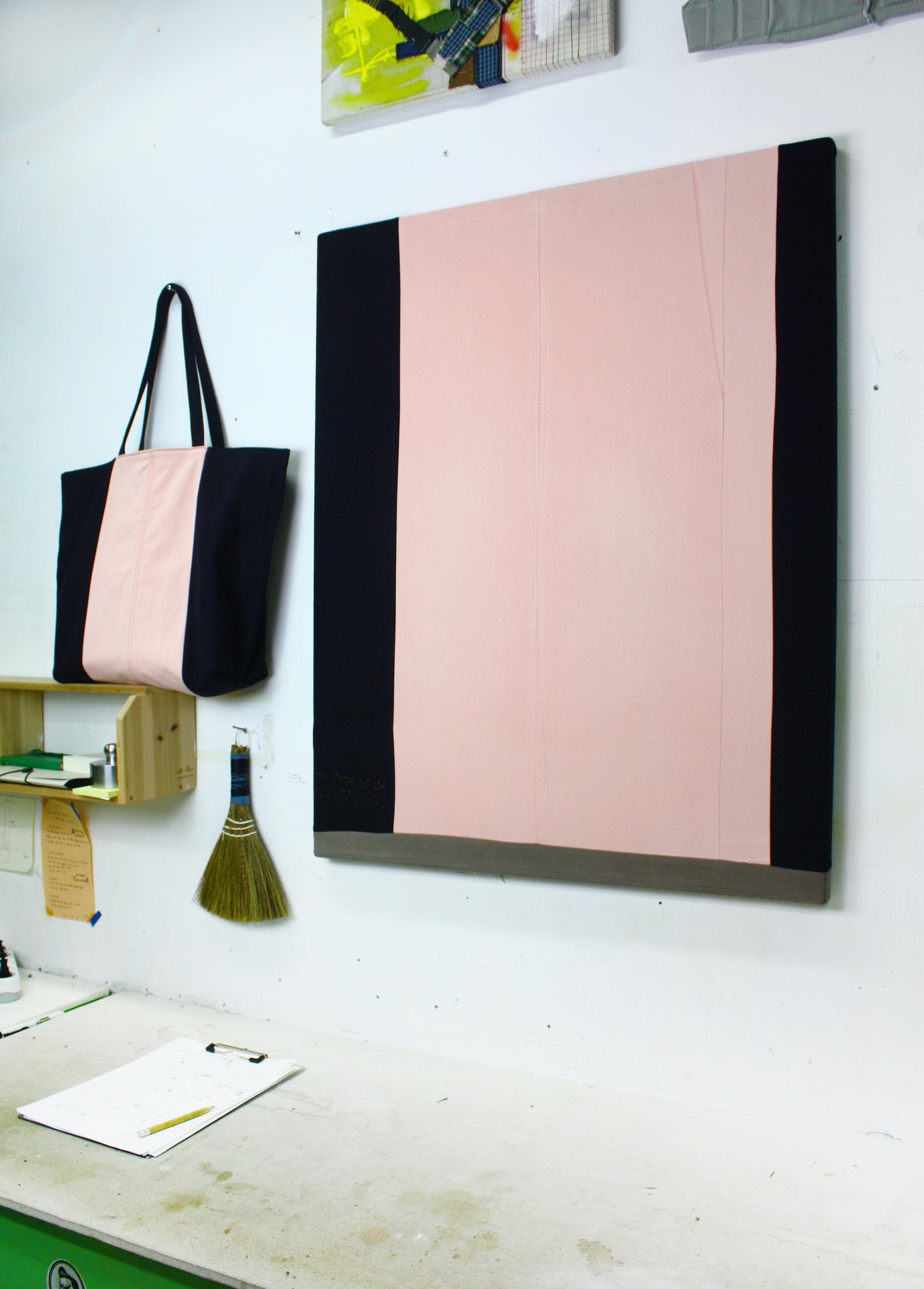 Bag_Art(Flamingo), fabric bag and canvas, 2017, 73x92