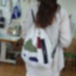 29.그림을 그려놓은 가방.jpg