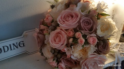 Pale pink rose bouqet