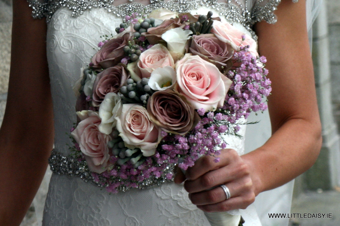 Vintage rose bridal bouquet