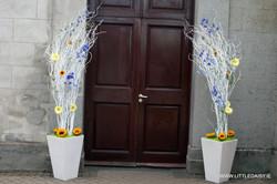 Willow door decoration