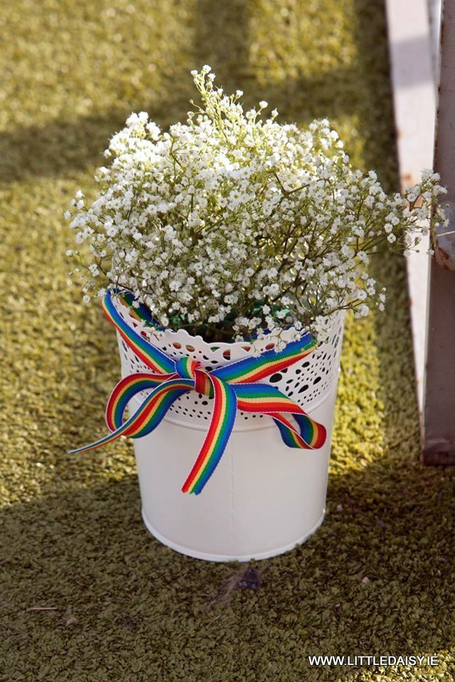Zinc pot with rainbow ribbon