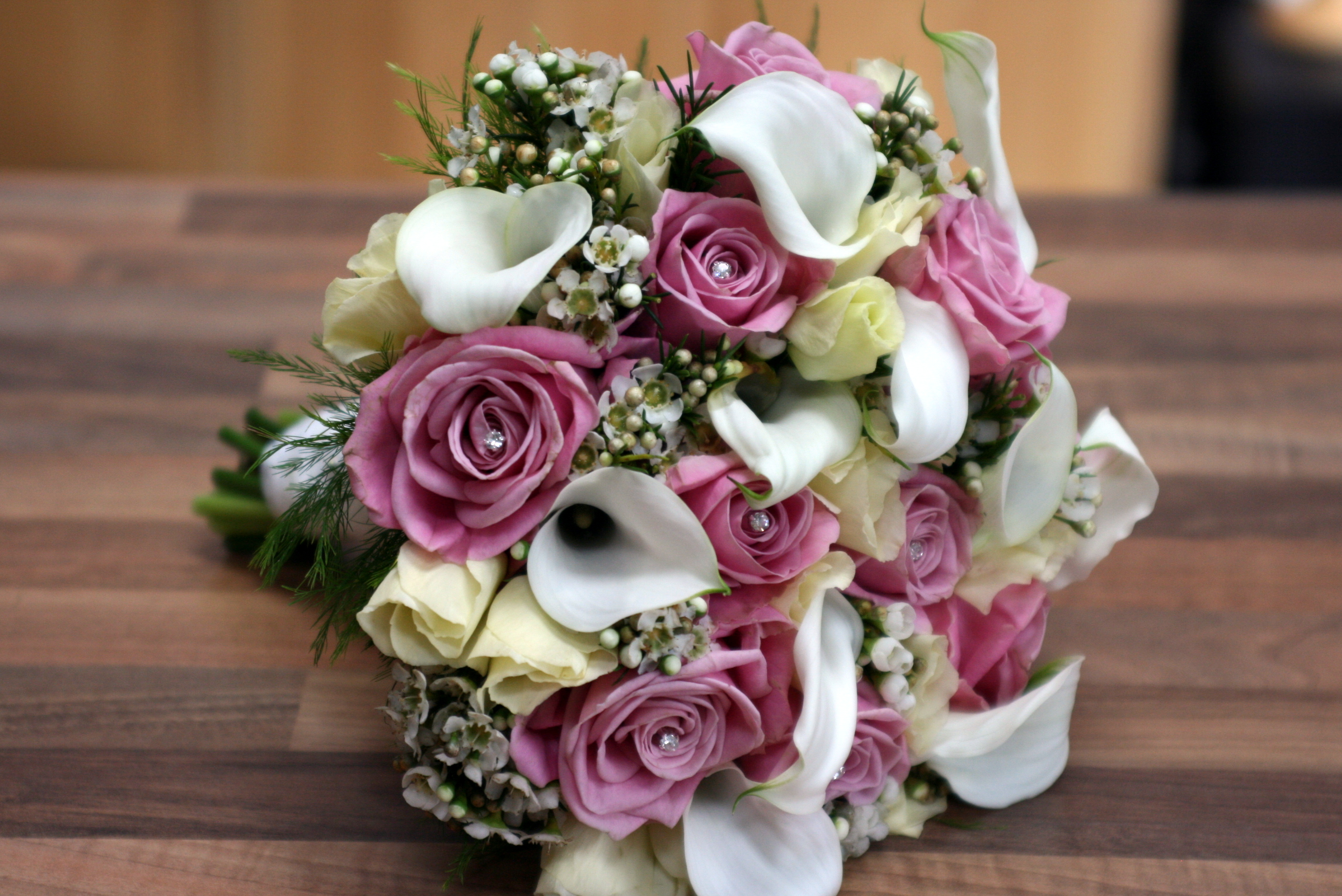 Bridal flowers with cally lilly