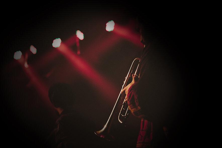 Hypnose du musicien : optimiser la performance des artistes