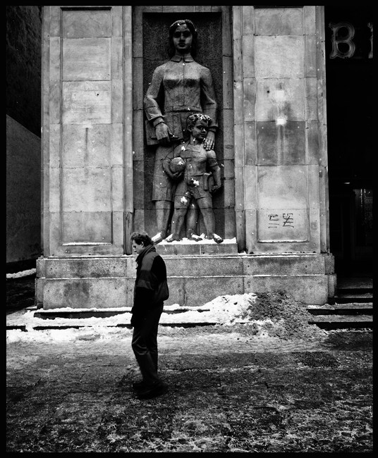Photographing around Warsaw. October, 1988.