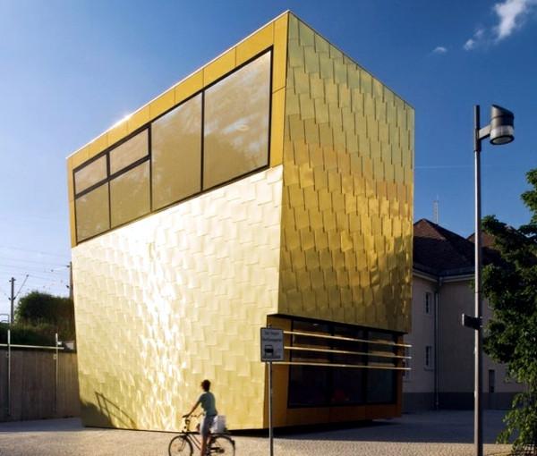 facade-cladding-with-copper-plates-provi