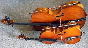 Full_size_and_fractional_cello.jpg